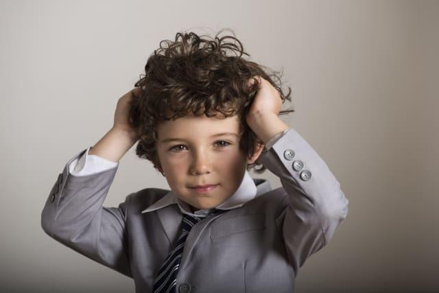スタイル ヘア 小学生 男の子 小学生の男の子に似合うおしゃれな髪型|人気のヘアスタイル7選をご紹介